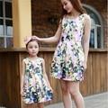 Nueva Moda Vestidos de Madre E Hija Familia Mirada Ropa de los Bebés Vestidos Mae e Filha Adolescente Niñas Vestido Estampado de Flores Vestido