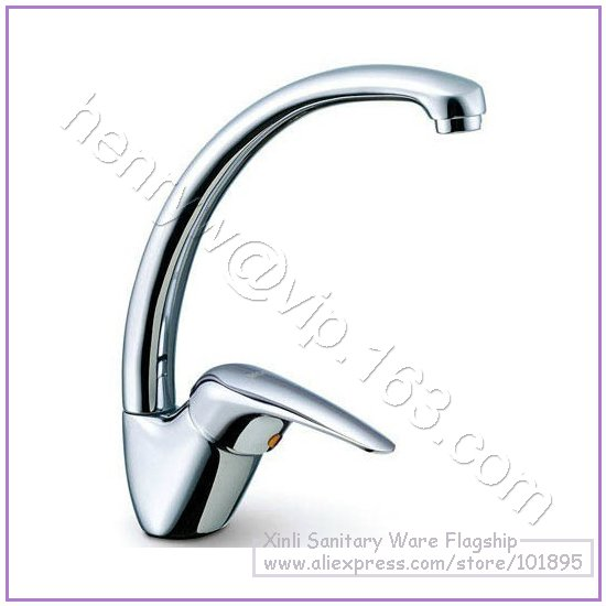 L15667 Luxury Deck Mounted Chrome Color Brass Material Hot Cold Water Kitchen Tap