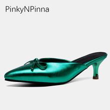 2019 new designer slippers female patent leather butterfly knot shallow high heels slip on pointed toe young clogs shoes woman