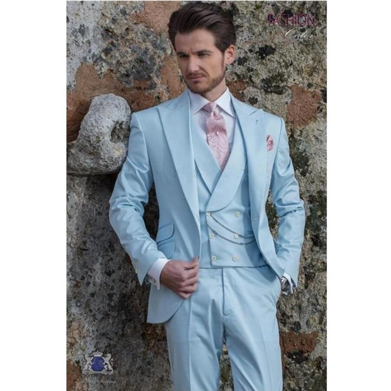 Lumière Ciel Bleu Groom Tuxedos Custom Made Maximale de Revers de Garçons  D honneur De Mariage Smokings De Haute Qualité Hommes De Bal Costumes  (Veste + ... 82764ed5484