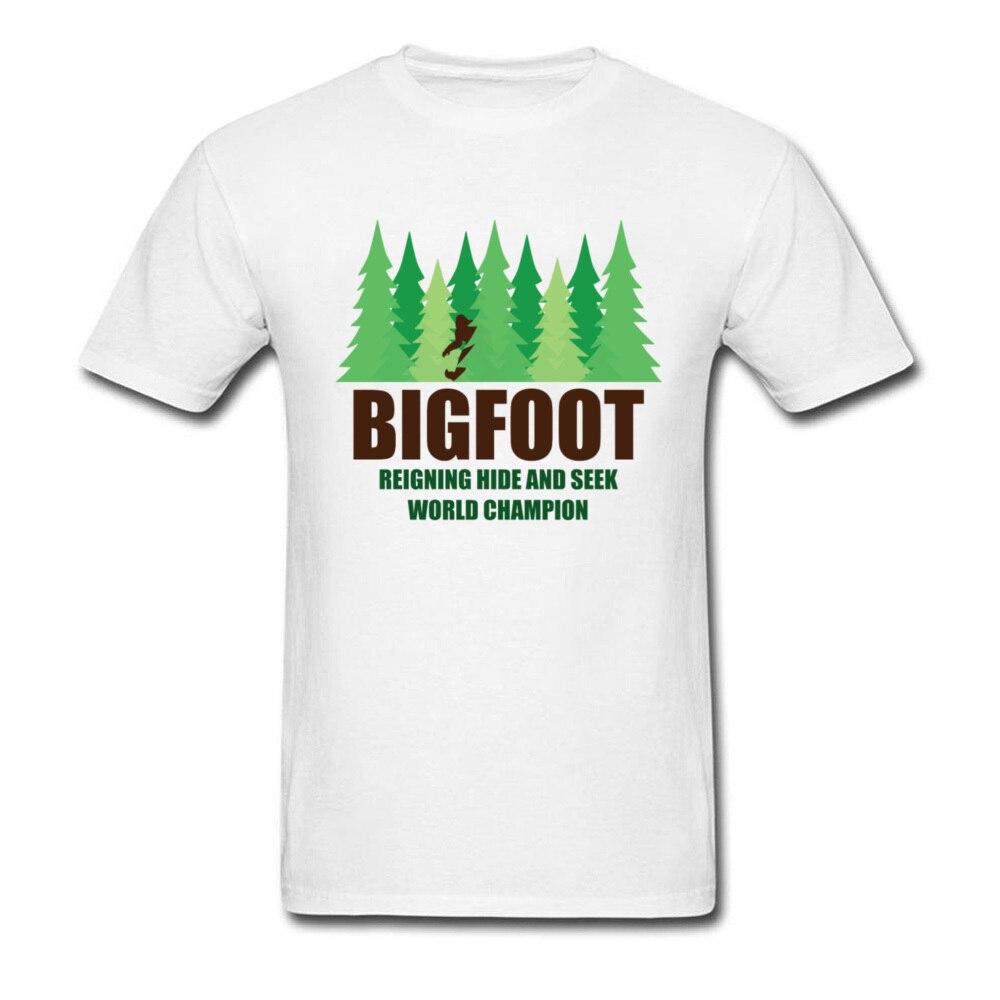 Dia Da Terra Da Floresta verde Camisa de T Para Homens Bigfoot Sasquatch Hide And Seek Twin Peaks T-Shirt Capina Engraçado Camiseta de Algodão mens