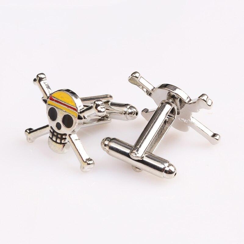 Mode-sieraden Piraten van de Caribbean 5 skull cufflinks