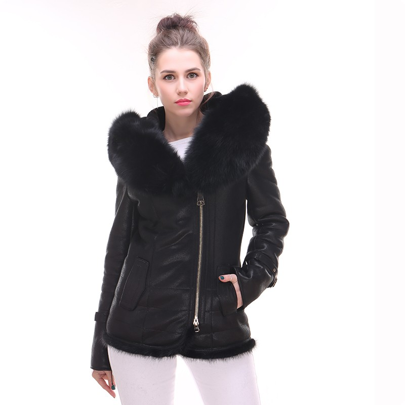 High Quality Womens Real Fur Short Leather Jacket Ladys Winter Coats Hooded Plus Size Pockets Chaquetas De Cuero Mujer Biker