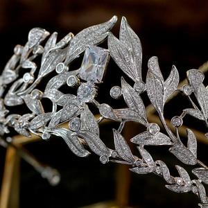 Image 5 - แฟชั่นงานแต่งงานTiaras 2018 Leafการออกแบบคริสตัลเจ้าสาวCrown Baroque Noviaเจ้าสาวเครื่องประดับเครื่องประดับงานแต่งงาน