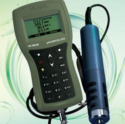 Portable multi parameter water quality analysis instrument HI9828 multi function water quality measuring instrument