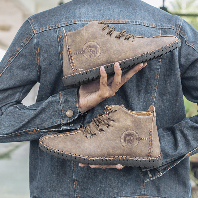 2018 جديد الدفء الشتاء الرجال الأحذية عالية الجودة انقسام الجلود حذاء رجالي غير رسمي مع أفخم Fahsion الأحذية حجم كبير 40 ~ 48