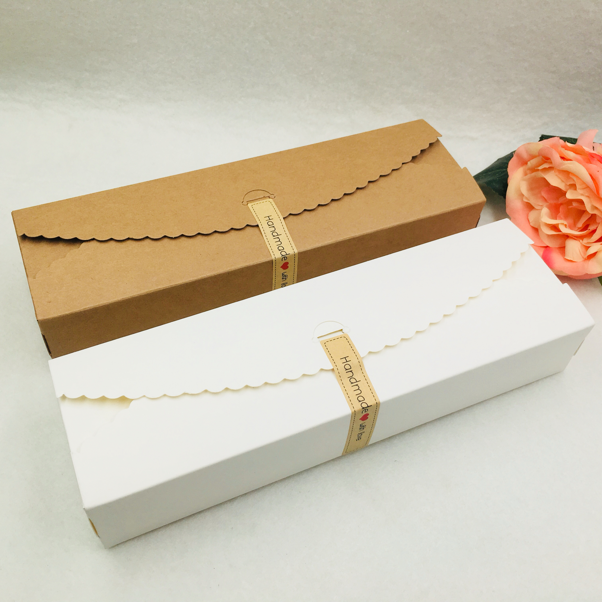 50Pcs/Lot Long Type Packaging Kraft Paper Box Black White Brown Gift Box For Packing Flower/Cake/Candy 23x7x4cm + Free Stickers
