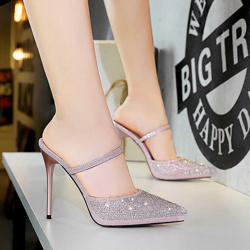 MAIERNISI Yeni Kadın yazlık terlik Moda Seksi 11cm Yüksek Topuklu Sivri Burun parti ayakkabıları Kadın Dışında Slaytlar