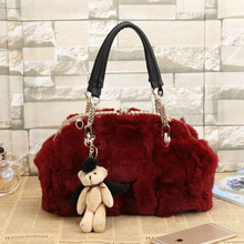 Winter new rabbit fur fur bag ladies fashion handbag solid color single shoulder oblique hairy shell shell trend leisure handbag