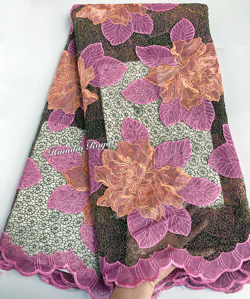 Kleine öse hintergrund Guipure spitze Big floral stickerei Afrikanischen schnur spitze stoff mit steinen 5 yards pro stück-in Spitze aus Heim und Garten bei  Gruppe 1