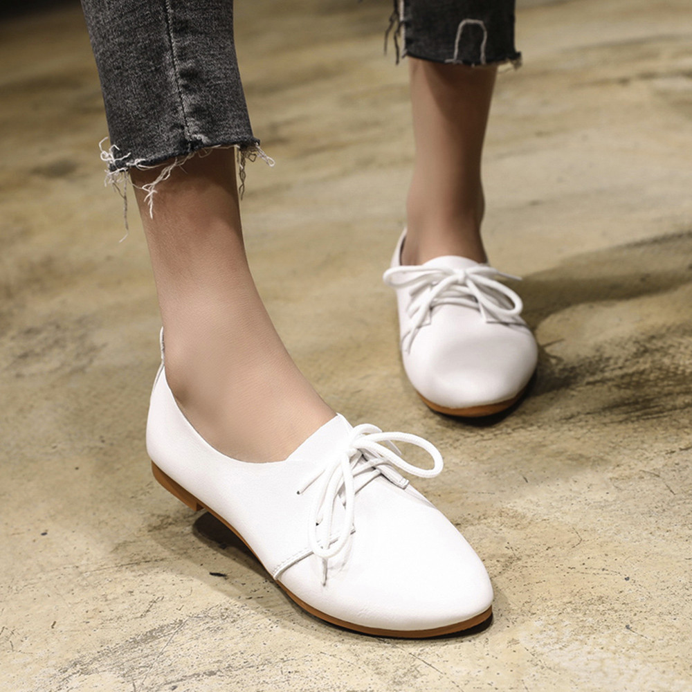 Women Flat Shoes Round Toe Lace-Up Shallow Shoes Spring Solid Woman Leather Brogue Women Shoes 2018 zapatos mujer Gifts New Hot e hot sale wholesale 2015 new women fashion leopard flat shallow mouth shoes lady round toe shoes