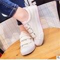 Завод прямые продажи Липучки отдых весной, лето, маленькие белые туфли для женщин обувь дышащая холст обувь