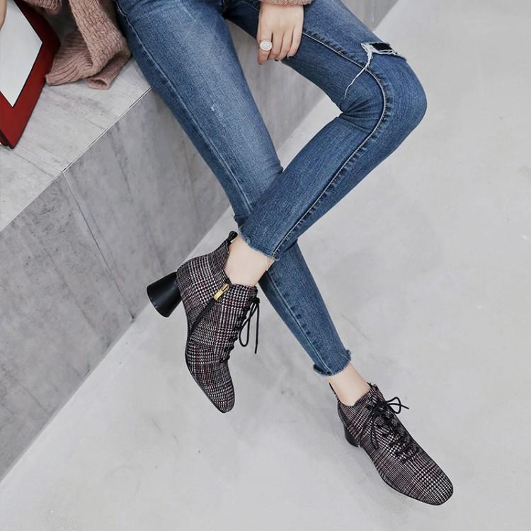 3c0b7692ff37cd Couleur Talon Moyen Chic T Bottes Cheville Chaussures Tissu Femme Ronde Mode  Bout Mujer Plaid Attaché Show D'hiver Carré Zapatos Pour Femmes ...