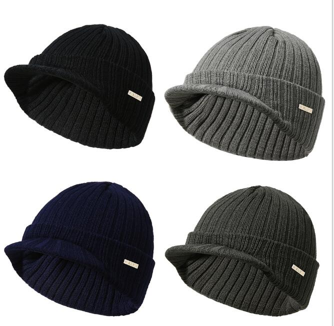 2019 New Fashion Men Women's Hat Stripe Knitting   Beanie   With Brim Soft Warm Peaked Cap Autumn Winter Men Women Sport Skiing Hat