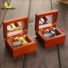 Retro Vintage Wooden Manually Music Box Top Quality Exquisite Hand Crank Musical Box for Option Beautiful Decoration YYH03