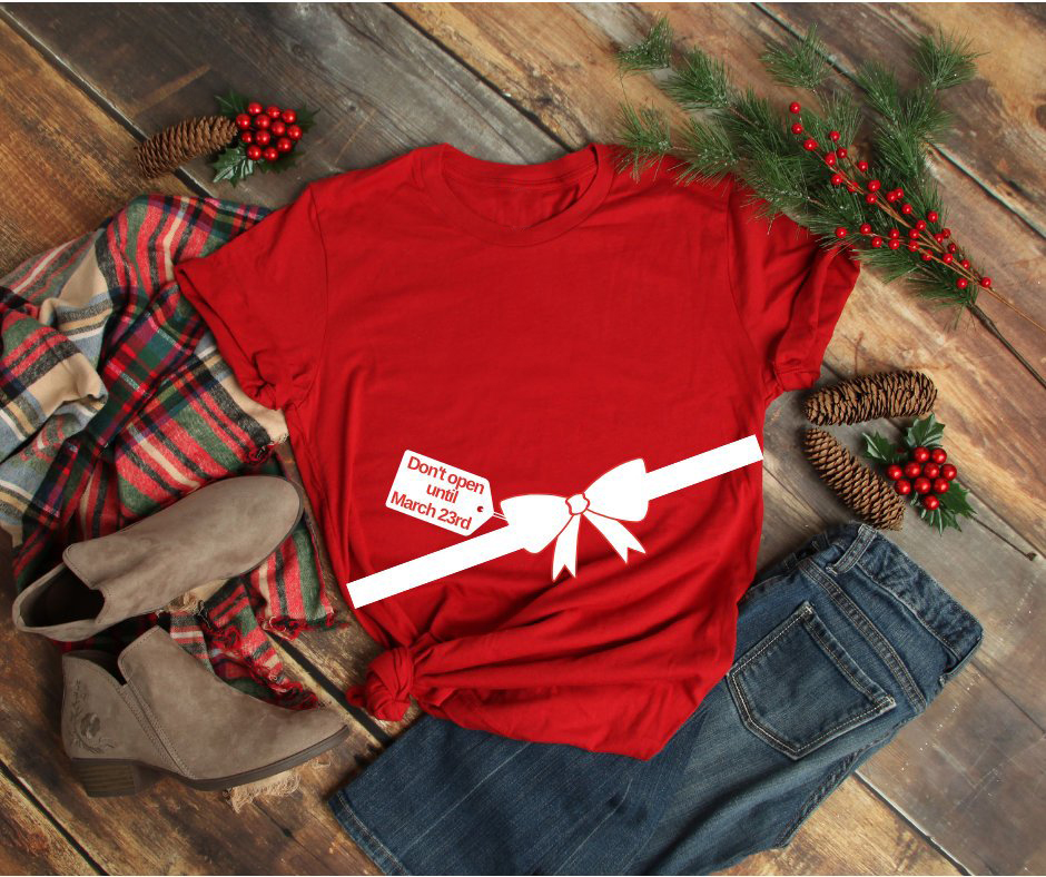 7ab380d69e3a4 US $7.9 15% OFF|Christmas Maternity Shirt Don't Open Until custom Mom to Be  Pregnancy Announcement holiday gift funny slogan graphic shirt tees-in ...
