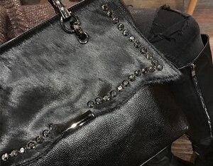 Image 3 - Natural cavalo cabelo bolsa feminina de luxo estilo rua rebite preto crossbody saco para mulheres designer de couro do plutônio superior alça