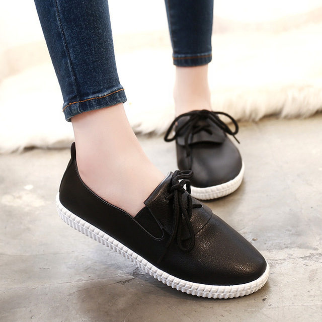 2016 Autumn New Genuine Leather Women Flat Shoes New Autumn Lace-up Student Casual Shoes Solid Leather Laides Loafers Shoes
