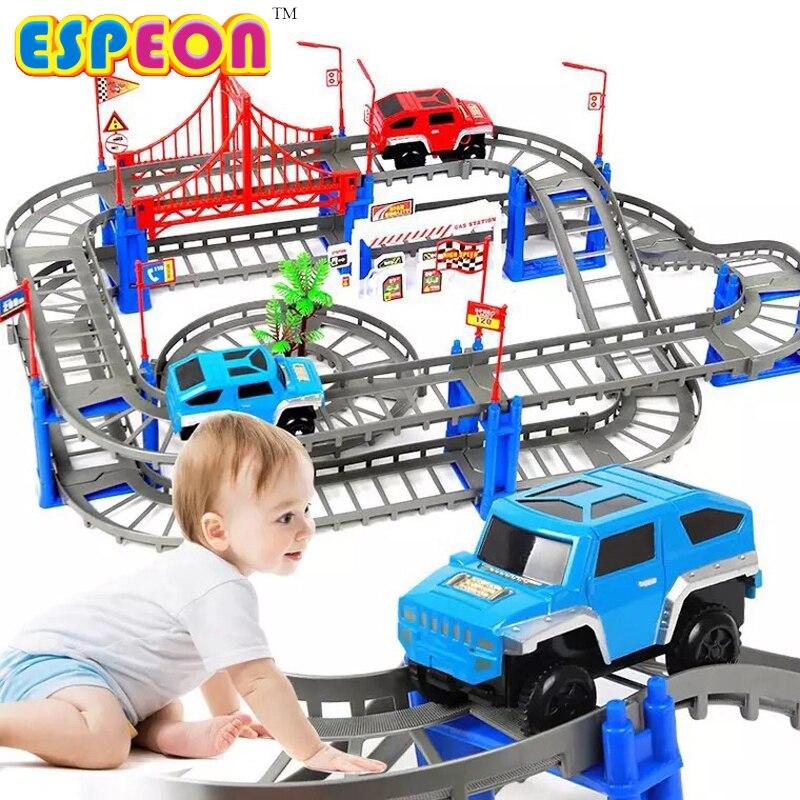 Elektrische Racing schiene auto kinder zug track modell spielzeug baby Eisenbahn Track Racing Road Transport Gebäude Slot Sets 2 Farben