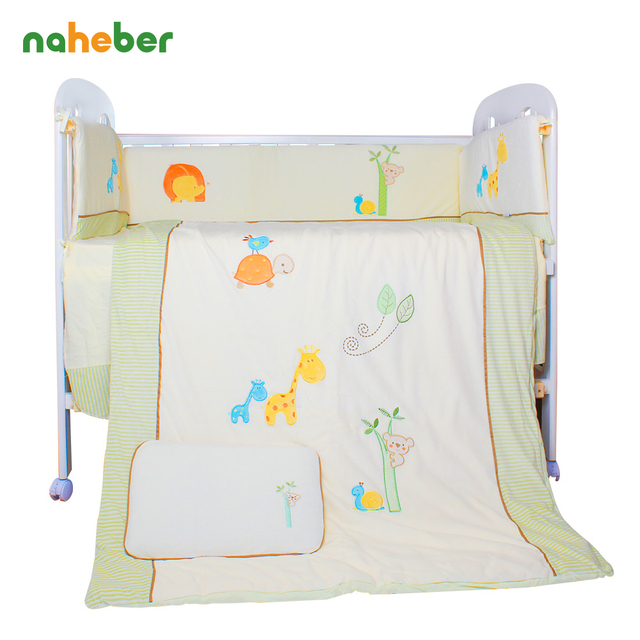 7Pcs/Set Cotton Baby Bedding Set Cartoon Animals Crib Bedding Detachable Cot Quilt Pillow Bumpers Sheet 4 Size