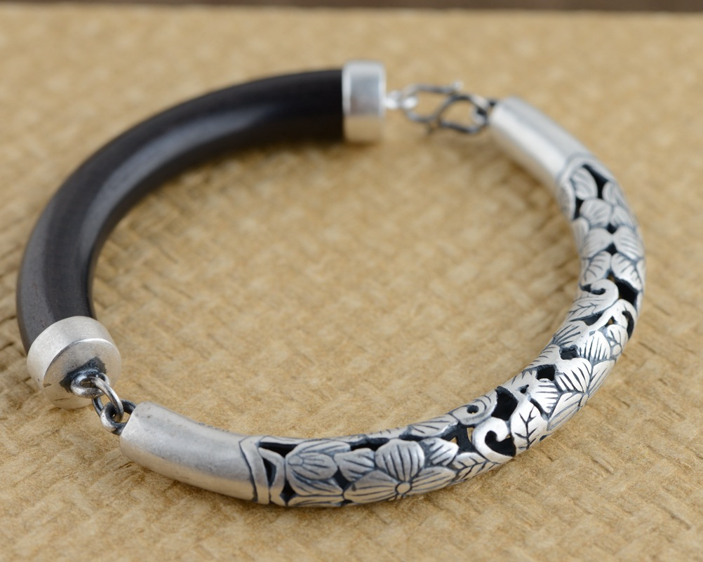 Sterling Silver Bracelet S925 sterling silver jewelry inlaid ebony Silver Antique Style semi matte hollow section цена 2017