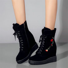 2019 Creepers Women Shoes Cow Leather High Heel Riding Boots Embroider Wedges Platform Party Pumps Hi-Top Winter Sneakers