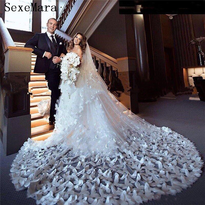 100% Real Pictures High Quality Wedding Veil Cathedral Length 3D Butterfly Bridal Accessories Two Layers Bride Veils With Comb
