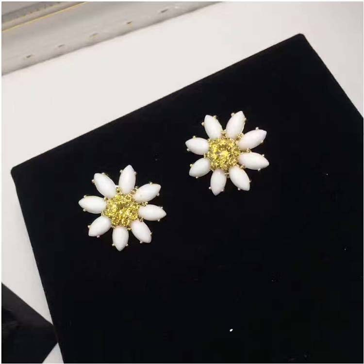 High Quality 925 Sterling Silver Stud Earrings Daisy Flowers White Petal Ear Clips Studded Yellow Crystal Luxury Jewellery