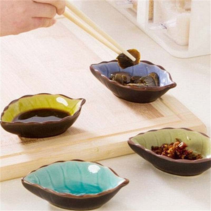 1Pcs/Lot Kitchen Vinegar Seasoning Sauce China Dinnerware Creative Handcraft Leaves Ceramic Plates Japanese Sushi Dishes Snacks