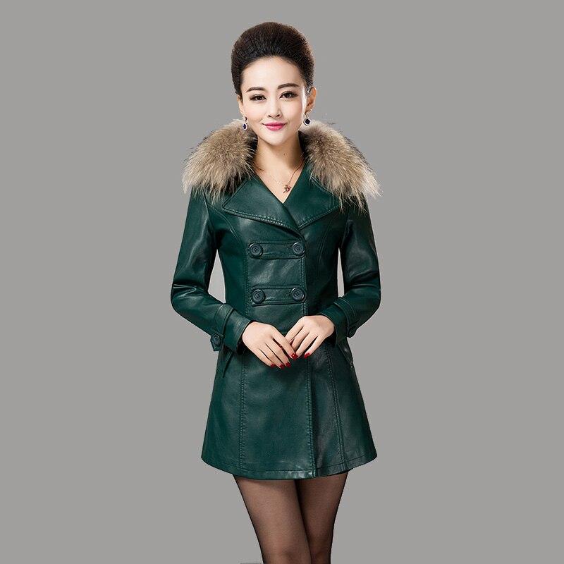 2eded8012fced Envío gratis mujeres chaqueta de cuero 2015 mujer ropa de cuero larga más  tamaño abrigo de cuero mujeres outwear casual abrigos sueltos S881 en Cuero  y ...