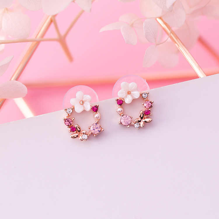 MENGJIQIAO 2018 New Colorful Rhinestone Wreath Stud Earrings For Women Cute Butterfly Shell Flower Circle Boucle D'oreille Gift