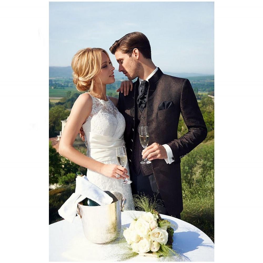 New Design Men\'s Dress 2015 Groom Tuxedos Two Buttons Slim Fit Business Dinner Suit Groomsman Bridegroom Suits (Jacket+Pants+Tie+Vest) H008_conew2
