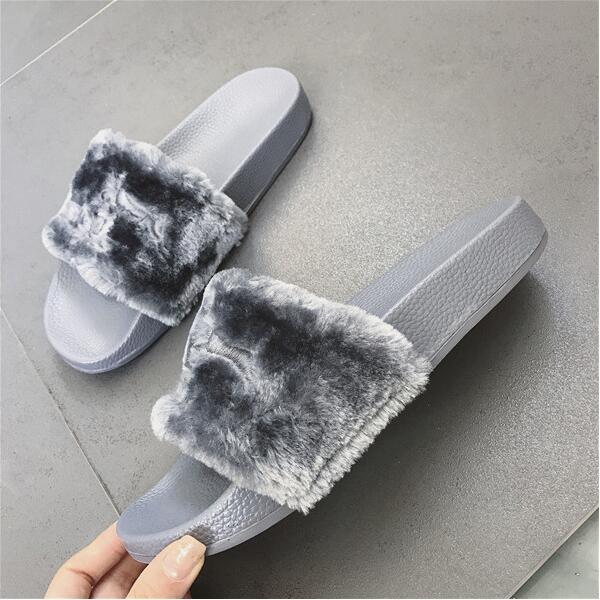 best service f8bb9 7d048 2018 NEW Women Summer Slippers fenty slipper Rihanna shoes sandals Flip  Flop Plush Cute Furry Mule Lady's Flip Flop SIZE 35-40