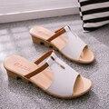 Sandalias de las mujeres 2017 nuevo de la llegada del verano de alta calidad de LA PU ocasionales respirables de las mujeres cómodo slip-on sandalias de las cuñas
