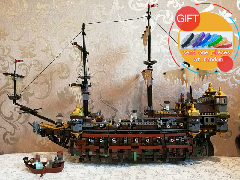 16042 2344Pcs Pirate Ship Series The Slient Mary Set Children Educational Building Block Gift Compatible With 71042 Toys lepin lepin 16042 2344pcs pirate of the caribbean ship slient mary children educational building blocks bricks compatible 71042 toys