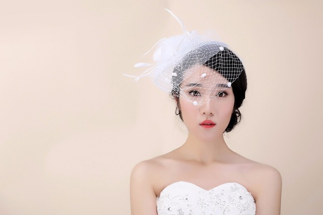 2017 Vintage White Wedding Hats Feathers Bridal Hat Birdcage Veil Hair Accessories Accessory