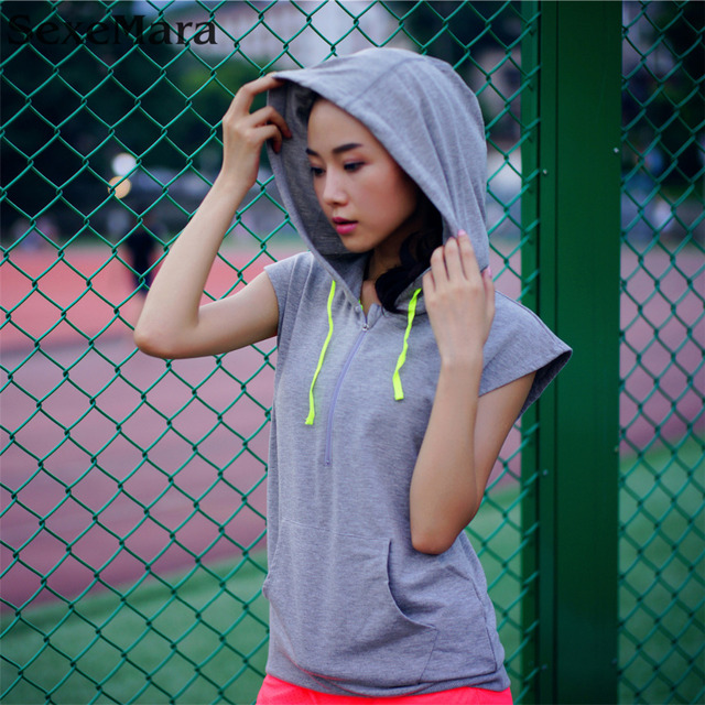 2017 Grey Black Sleeveless Hoodie Vest Womens Gym Training Fitness Shirt Girls Quick Dry Running clothes,Top Quaity