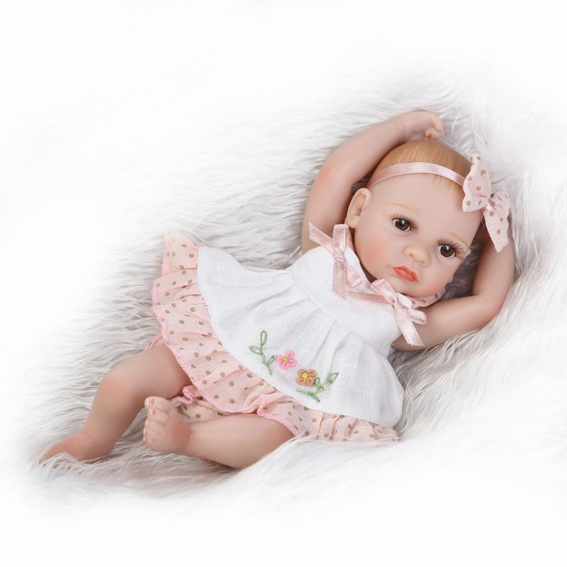 все цены на 28cm fashion Bathing doll baby born high quality dolls for children Christmas gifts онлайн