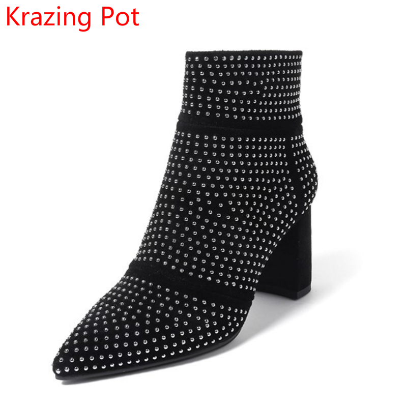 2018 New Arrival Pointed Toe Rivets Thick Heel Fashion Chelsea Boots Runway Winter Shoes Classic Superstar Women Ankle Boots L33  new arrival genuine leather pointed toe fashion winter boots rivets thick heel slip on chelsea boots handmade ankle boots l93