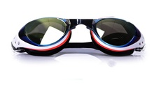 Unisex no degree Swim Goggles Coated,Scratch Resistant Anti-Fog UV Protection Nearsighted Allergy-Free Incl Ear Plugs
