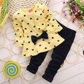 3 cores VERMELHO verde amarelo 2016 Crianças Baby Girl Heart-shaped Conjunto de outono Arco 2 PCS Roupas Definir Terno Top Calças Camisola Outfits