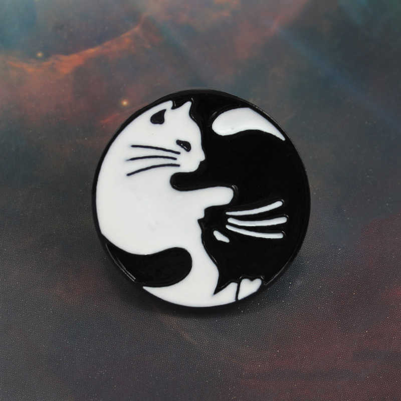 Gato redondo crachá broche retro gato preto gato branco fofoca anjo casal gato denim malha esmalte pino amantes e criança amigos presentes