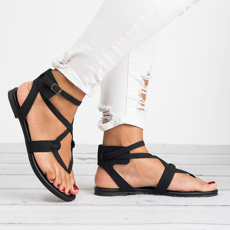 New Summer Flats Thong Sandals Woman Flat With Buckle Flip Flops Toe Strap Mujer Shoes Plus Size 35-43 XWZ4947New Summer Flats Thong Sandals Woman Flat With Buckle Flip Flops Toe Strap Mujer Shoes Plus Size 35-43 XWZ4947