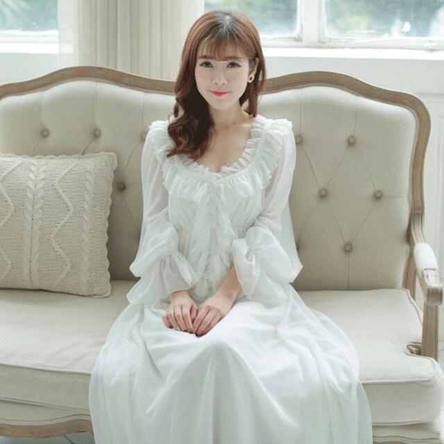 bcb9beabf Frete Grátis Chiffon de Seda Princesa Camisola Longa De roupas de dormir  Pijamas Nightgowns Branco e