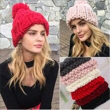 2018 de las mujeres chica Stretch de punto sombrero desordenado bollo Cola  de Caballo Beanie agujeros caliente sombreros de invi. e09a8e75a30