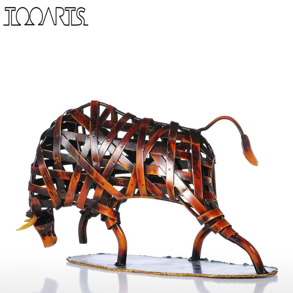 Tooarts Metal Weaving Cattle Statuette Red Iron Art Sculpture Figurine Modern Home Decoration Accessories Animal Craft