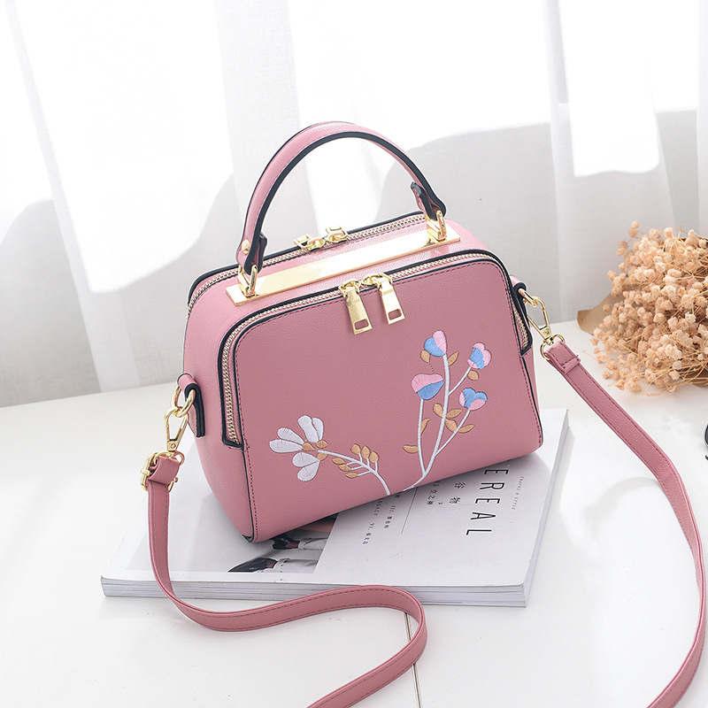 Pu Leather Embroidery Women Handbag Fashion Designer Female Evening Bags Ladies Shoulder Messenger Purse Girls Clutch Box Totes summer fashion bowknot women leather handbag totes fashion korean style hand bag female hand bags designer red ladies purse