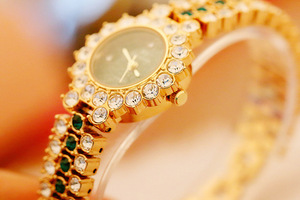 Image 5 - New Arrivral Luxury Diamond Small Dial Women Watches Ladys Elegant Dress Watch Girl Fashion Casual Quartz Watch Zegarek Damski