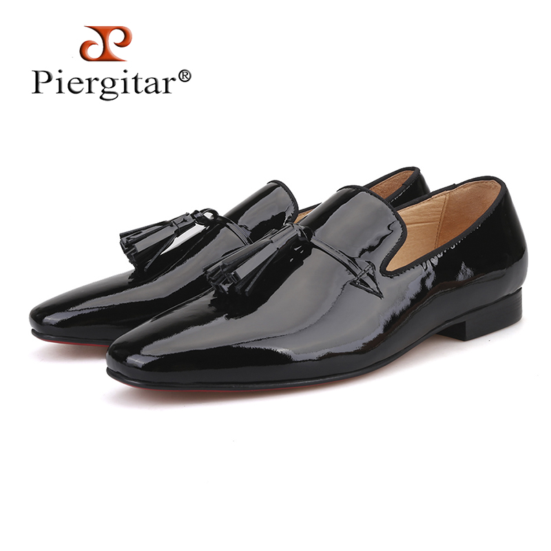 2018 New Royal blue and Black Patent Leather men tassel shoes Fashion Party and Wedding men loafers big size Men's casual shoes stylish handpainted flower and paisley print wedding casual party black tie for men