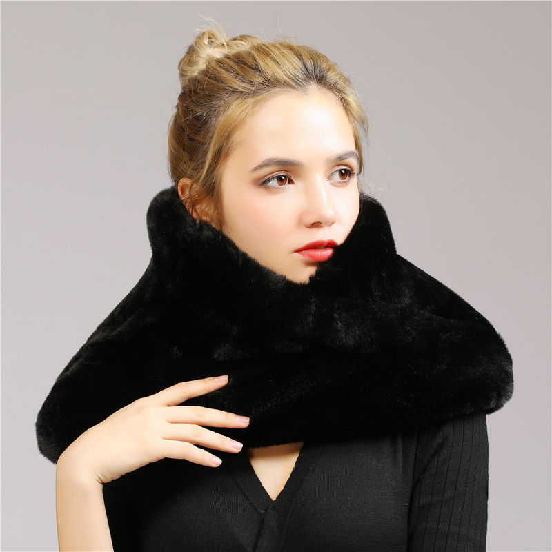 Casual Winter Scarves 2018 Women Faux Fur Scarf Neck Wedding High Quality Girl Circle Scarf Shawl